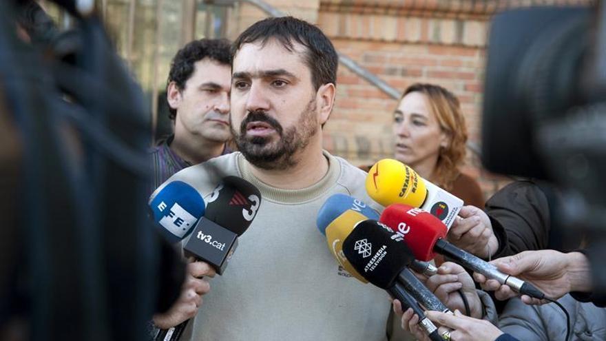 Cuatro empleados del Ayuntamiento Celrà (Girona) trabajan el 6D, según la CUP