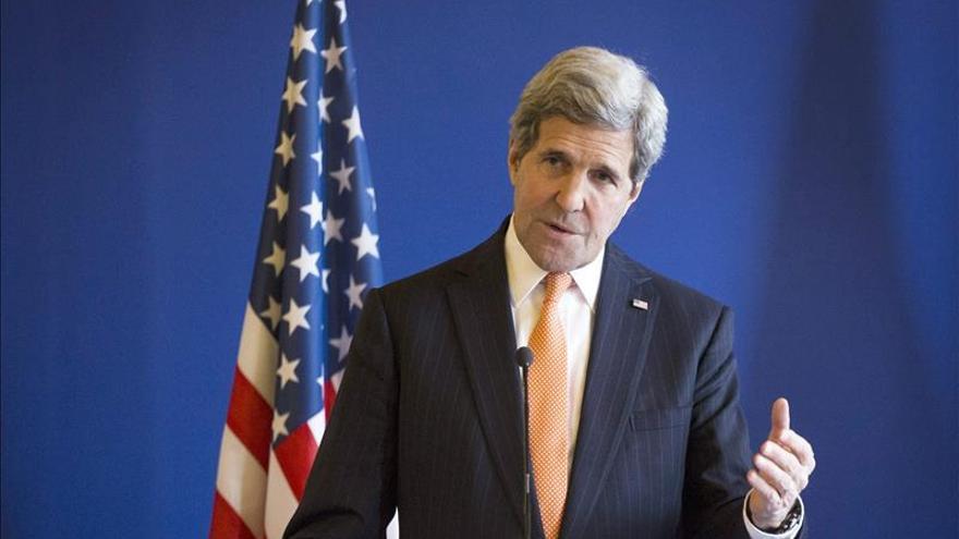 """Kerry urge al Congreso a aprobar el uso de la fuerza para mostrar """"unidad"""" contra el EI"""
