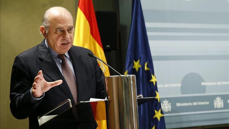 Fernández Díaz dice que hay más vigilancia de redes sociales para controlar el yihadismo