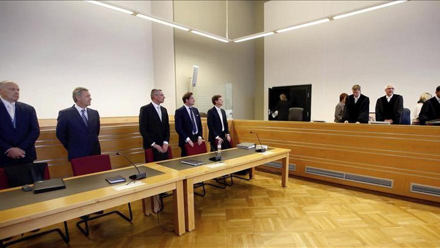 Alemania juzga a su expresidente Wulff por cohecho de 719 euros