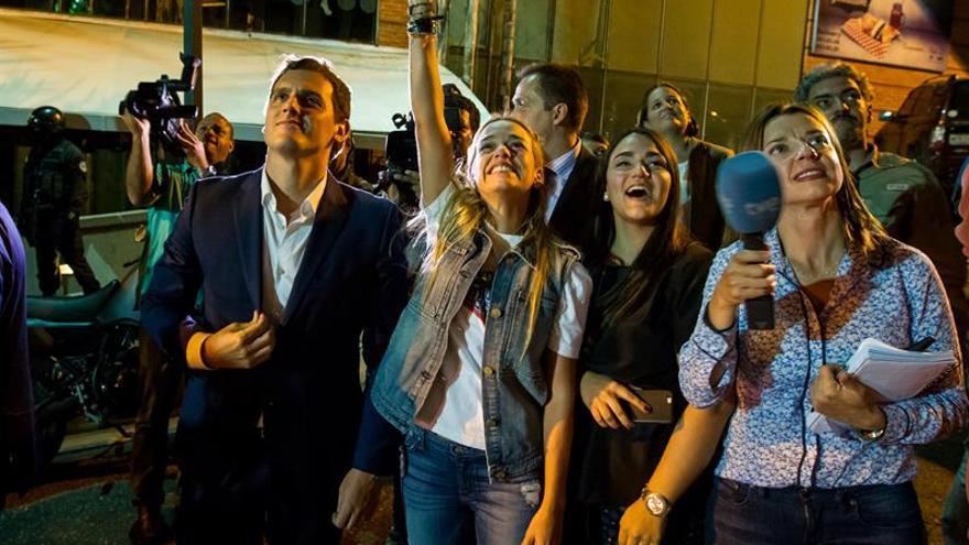Rivera promete ayudar a Venezuela y se solidariza con los políticos presos
