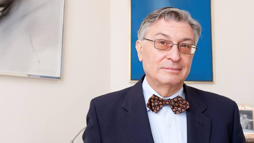 El historiador Ángel Viñas