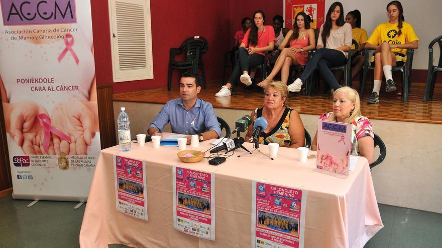 Presentación del cartel del partido entre el Grancanaria.com y el Perfumerías Avenida.