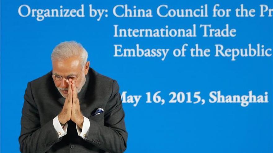 China e India firman 26 acuerdos de negocios por 22.000 millones de dólares