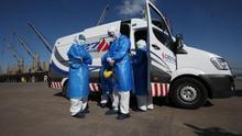 La tripulación del buque afectado por COVID-19 fue evacuada y alojada en Uruguay