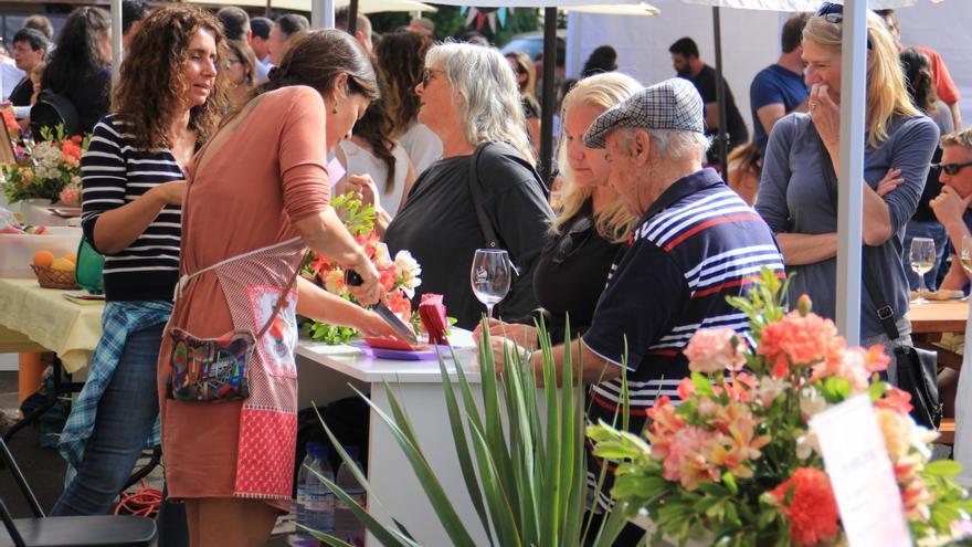 En el Festival del Vino y el Queso se ofrecieron degustaciones.