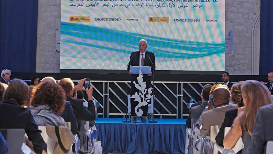 Margallo ve urgente pasar de la cultura de la reacción a la de la prevención