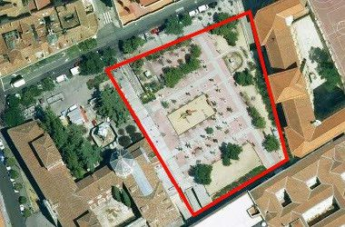 Vista aérea del espacio que ahora ocupa el mercado provisional de Barceló y que debería volver a ser zona verde