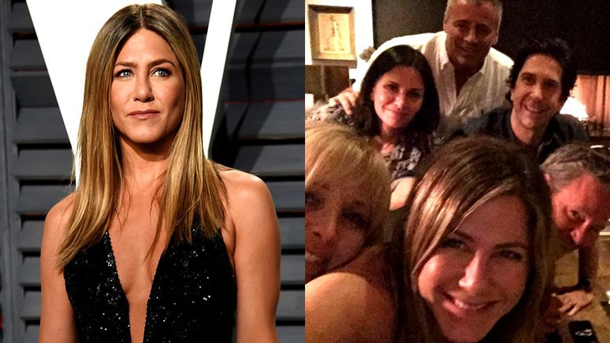 Jennifer Aniston y su foto con el reparto de Friends