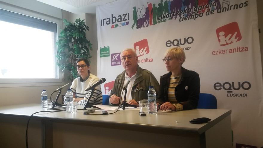 """Lara (IU) dice que España """"no necesita privatizar los servicios públicos"""", sino """"una reforma empresarial"""""""