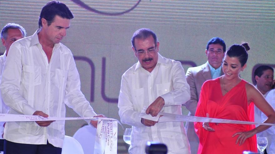 José Manuel Soria en la inauguración del hotel Breathless Resort y Spa en Punta Cana en 2013 (Foto: EL Nacional)