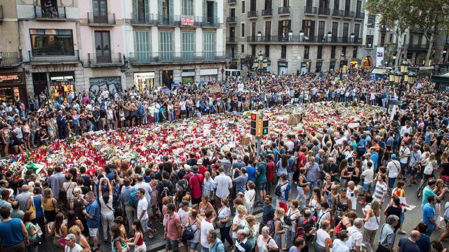 Homenaje en la zona 0 del atentado / Sandra Lázaro