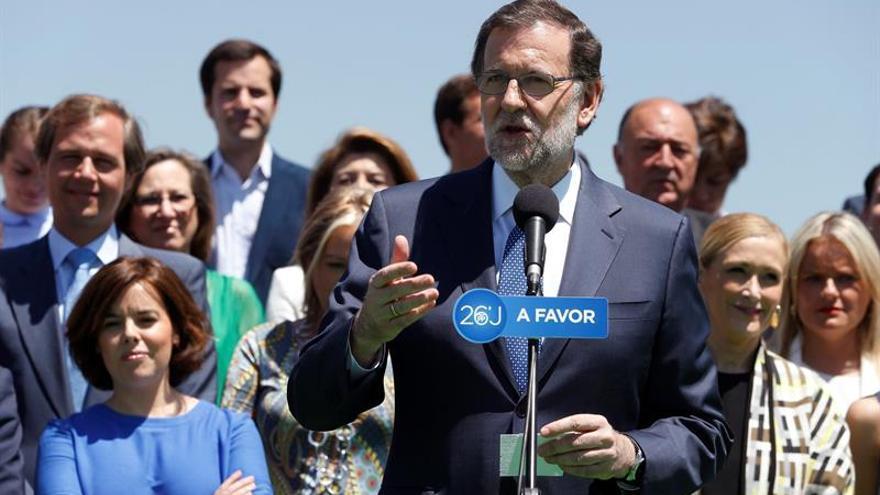 Rajoy: el voto seguro es al PP, los demás no sabemos que harán con el suyo
