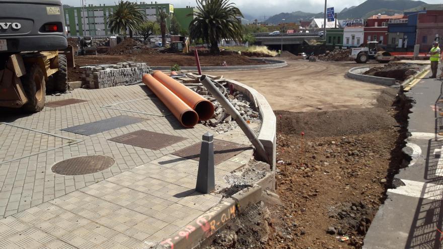 Imagen de las obras del enlace desde la TF-5 al barrio lagunero de San Benito, entre otros