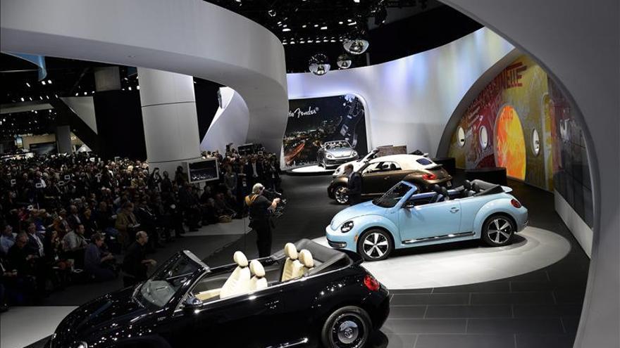 Lujo, potencia y todoterrenos marcan el Salón del Automóvil de Los Ángeles