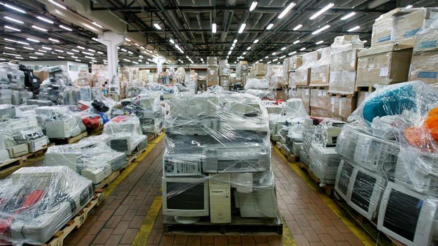 El Congreso pide al Gobierno que prohíba la obsolescencia programada