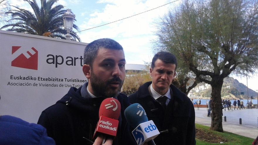 Aparture denuncia que la ordenanza de pisos turísticos supondría pérdidas de más de 54 millones para San Sebastián