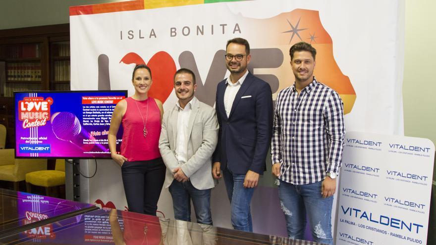 De izquierda a derecha: Elisabeth Fonseca,Sergio Eiroa, Jordi Pérez y Jonathan Álamo.