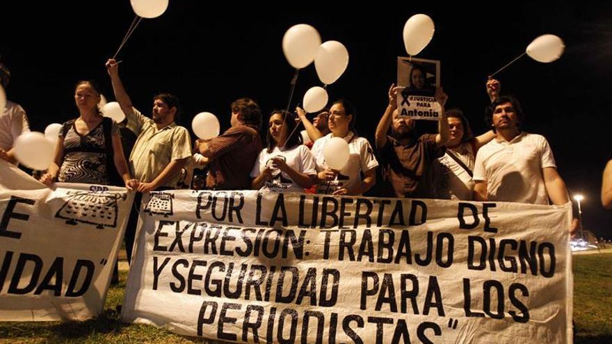 Amenazas judiciales y la violencia extrema coartan a la prensa en Latinoamérica