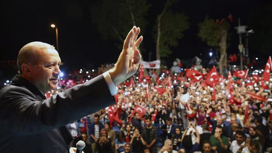 La cúpula militar turca dice que supo del golpe horas antes de producirse
