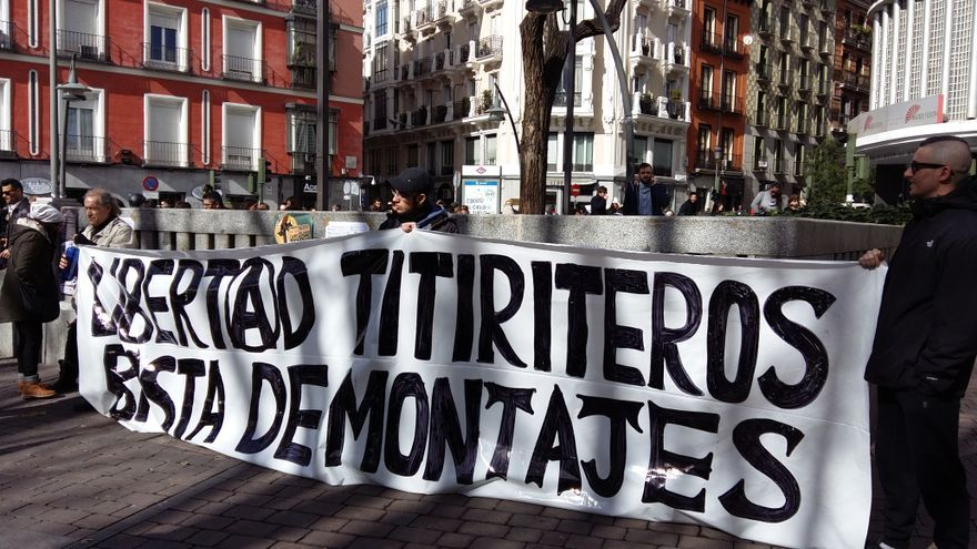 Manifestación en Madrid en protesta por el encarcelamiento de los titiriteros de la compañía Títeres desde abajo