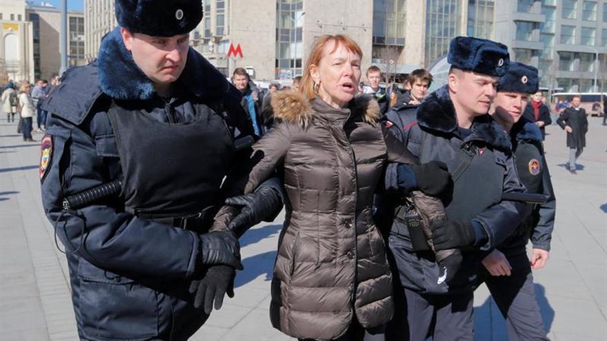 Detienen en Moscú al líder opositor ruso Alexéi Navalni