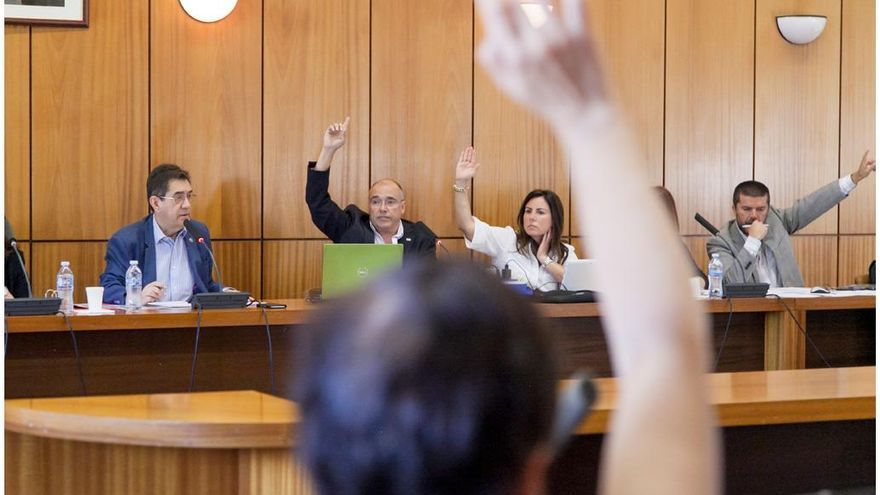 Un momento de la reunión del Consejo de Gobierno de la Universidad de La Laguna. Foto :Emeterio Suárez/ULL.