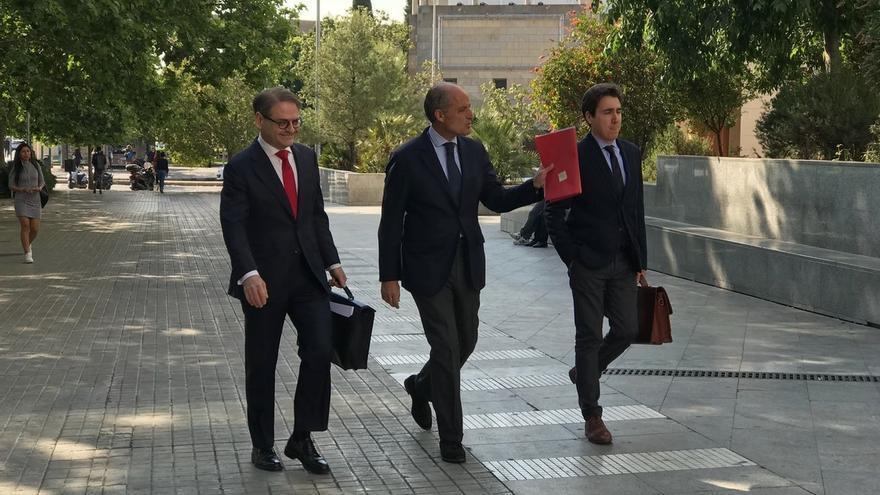 """Camps ve una """"causa política"""" en la F1: """"Compromís es catalanista y la F1 le podía hacer daño a Cataluña"""""""