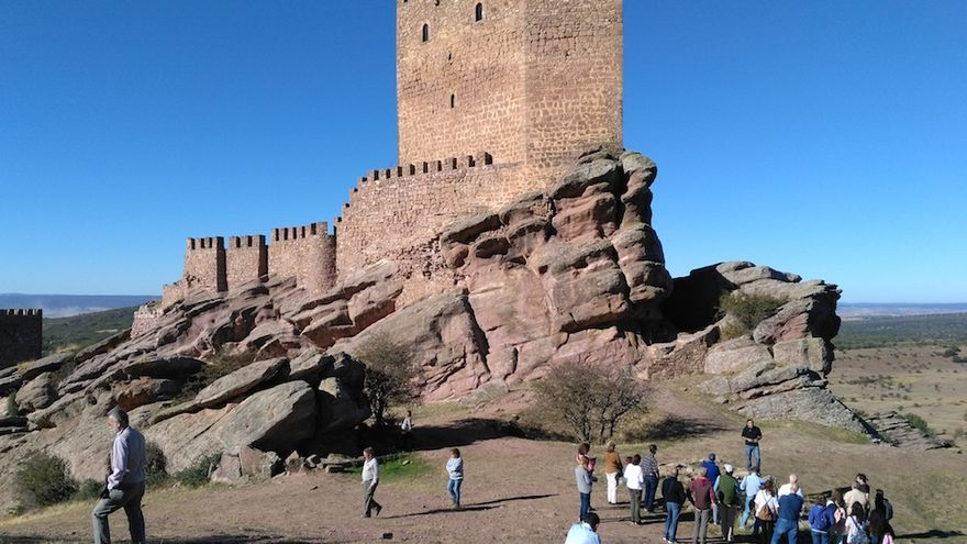 Castillo de Zafra, en la comarca de Molina de Aragón FOTO: Raquel Gamo