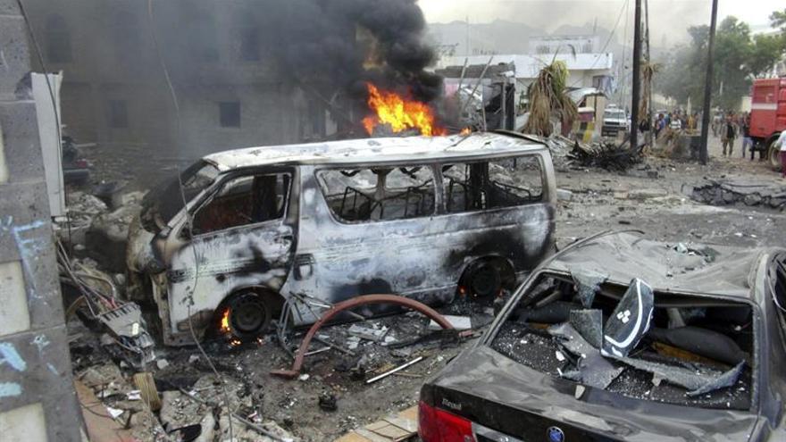 Herido un alto mando militar del Yemen en un atentado que causa cinco muertos