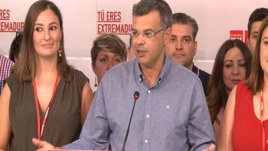 """La candidatura de Fernández Vara presenta 490 avales al """"mejor proyecto"""" para """"volver a ganar las elecciones en 2019"""""""