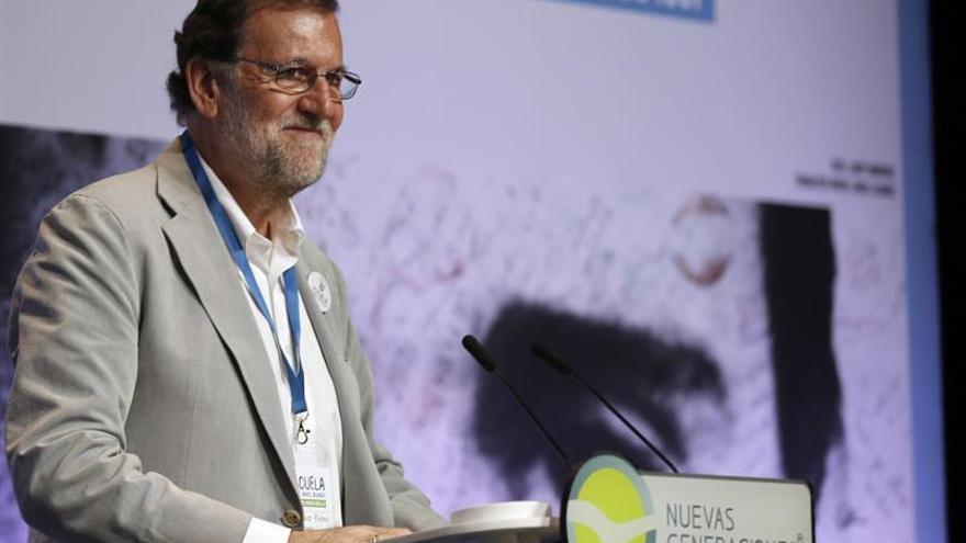 """Rajoy muestra a Puigdemont el camino del Gobierno vasco frente a su """"delirio"""""""