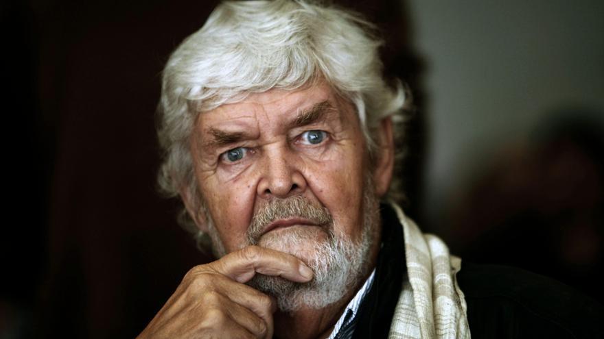 AGE apela a la unidad de la izquierda europea a través de una huelga general