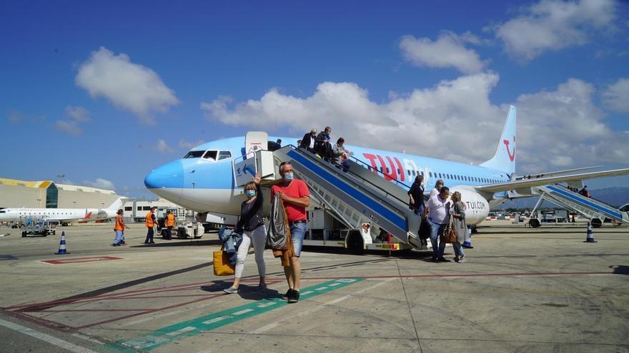 Llegan los primeros turistas alemanes a Baleares con el inicio del plan piloto
