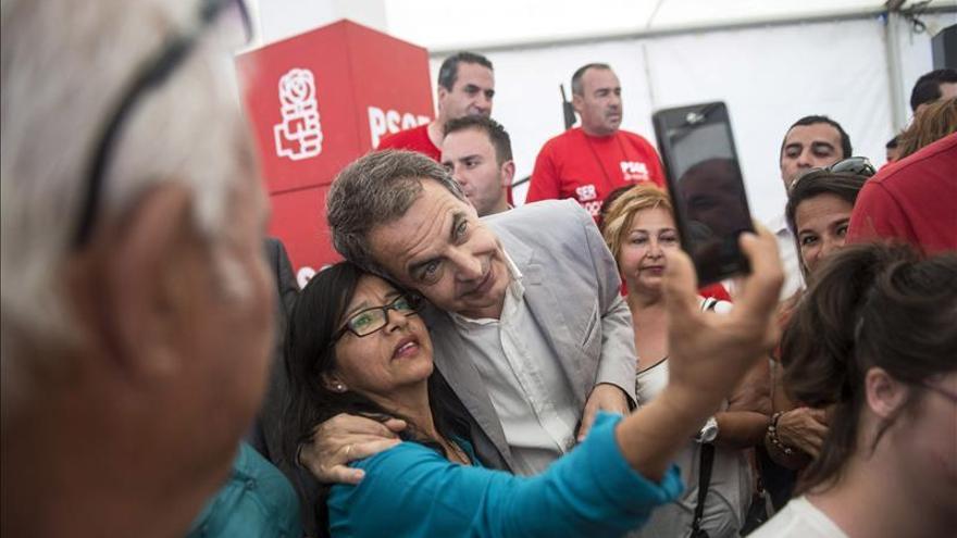 Zapatero pide responsabilidad para que empiece a funcionar el Gobierno andaluz