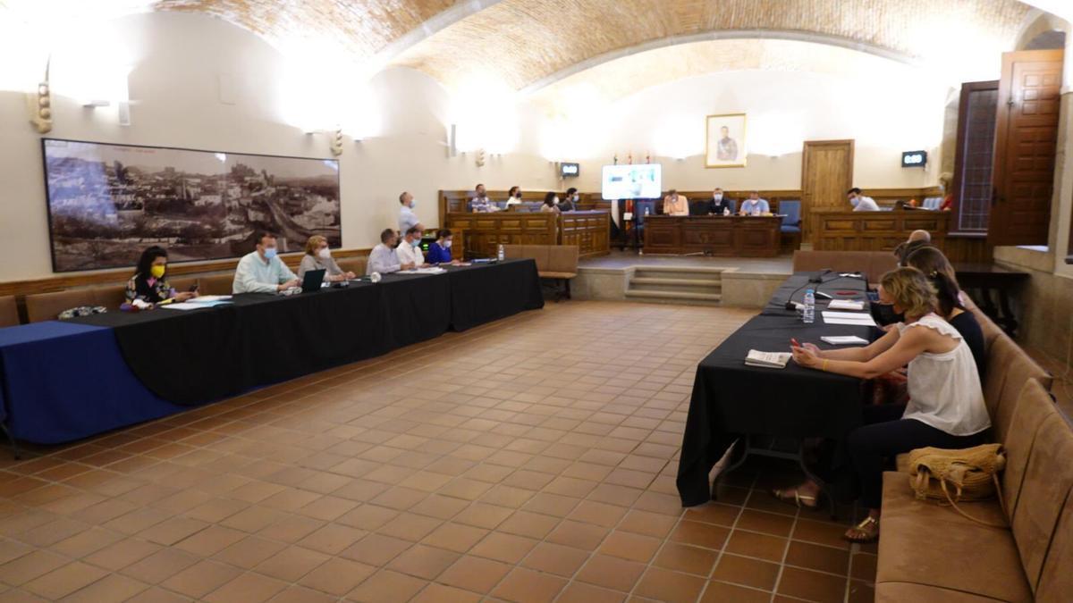 Pleno celebrado en el Ayuntamiento de Plasencia ese martes