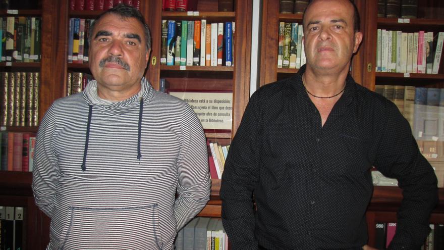 Manuel Lorenzo, investigador palmero, y Juan Francisco Delgado. Foto: LUZ RODRÍGUEZ