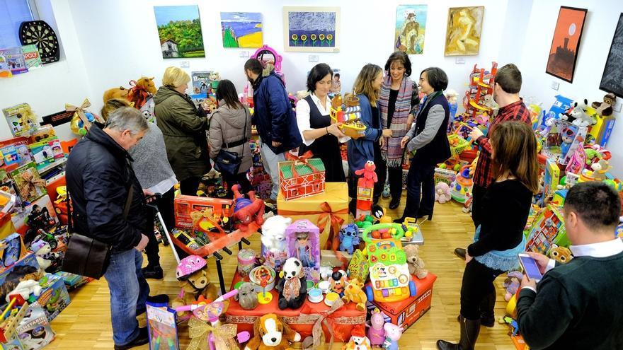 El Ayuntamiento recibe más de 5.100 juguetes en Navidad para familias y entidades sociales