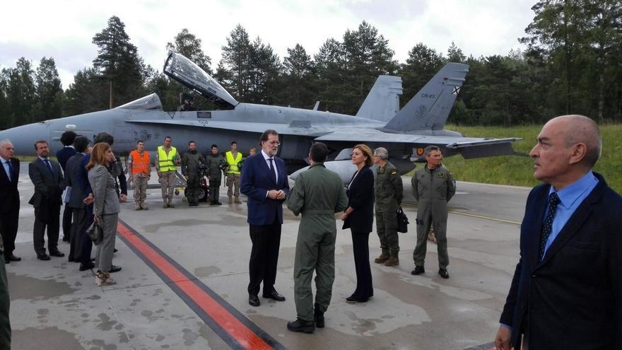 Rajoy y Cospedal llegan a Estonia para visitar a los militares que protegen su espacio aéreo de una amenaza rusa
