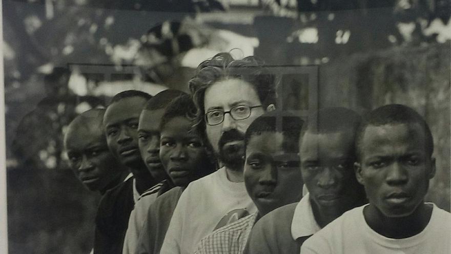 Una exposición de Gervasio Sánchez sobre los niños-soldado abre una nueva edición de 'África Imprescindible'