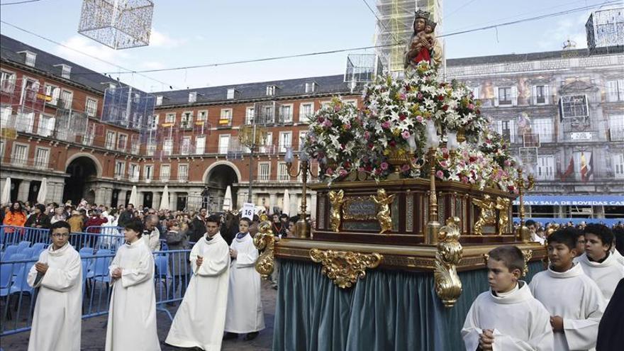 El nuevo arzobispo de Madrid recuerda a las víctimas del accidente de autobús