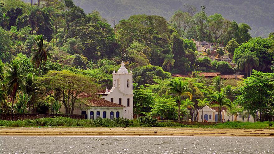 La torre de Los Dolores sobresale entre la vegetación. Octavio Nogueira