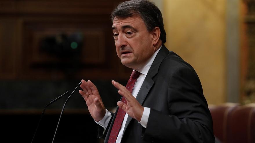 Aitor Esteban, en el pleno del Congreso.