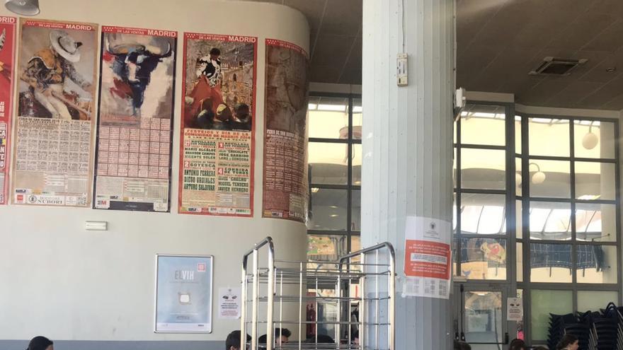 Fomento de la tauromaquia en la cafetería de la Facultad de Veterinaria de la Universidad Complutense de Madrid. La imagen ha sido tomara este curso 2017-2018