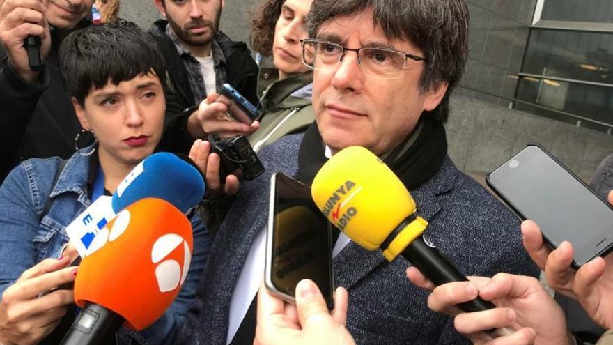 Puigdemont pedirá la restitución de sus derechos como diputado en el Parlament