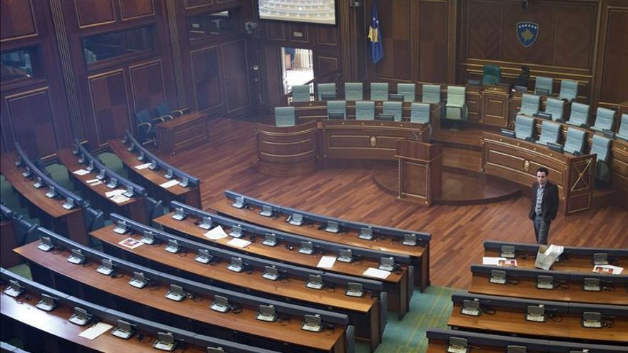 Nuevas protestas de la oposición kosovar contra el acercamiento a Serbia