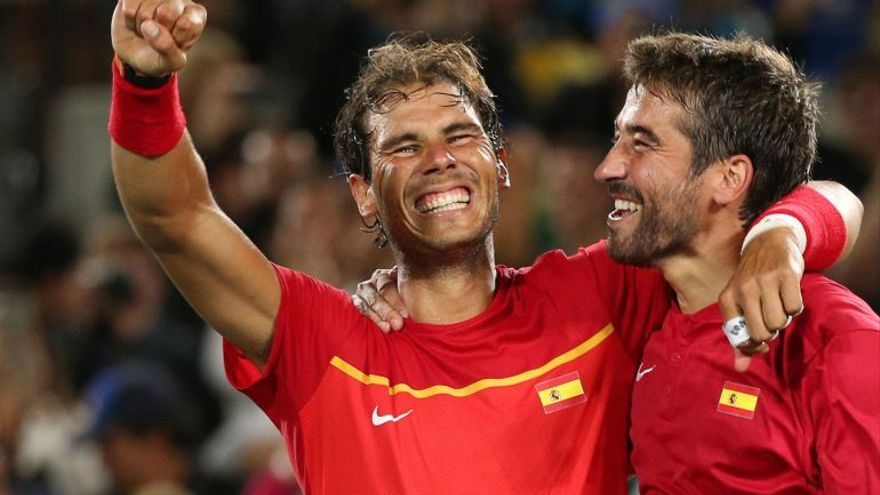 Rafa Nadal y Marc López, dos de los habituales en Copa Davis