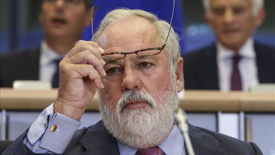 El candidato a comisario europeo de Acción Climática y Energía, Miguel Arias Cañete. / Efe