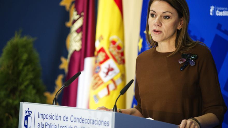 Cospedal felicita al rey y le agradece los servicios prestados a España