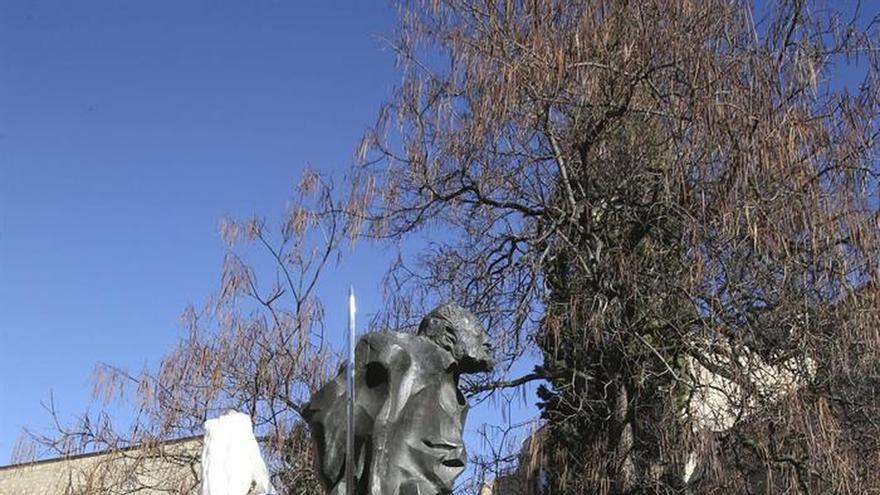 Salamanca reivindica a Unamuno como político nacional y dará una estatua al Congreso